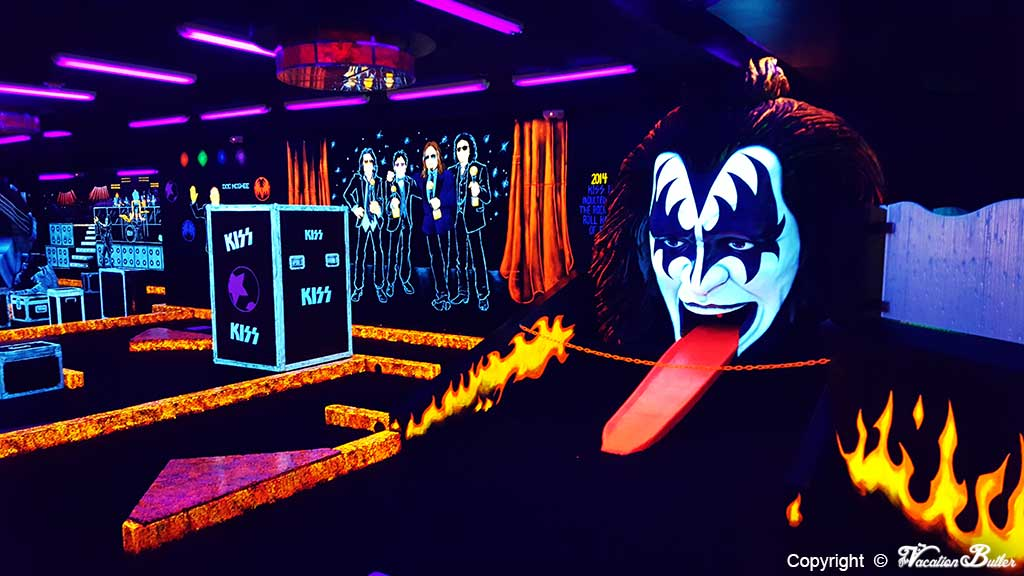 Kiss Mini Golf at The Rio Casino